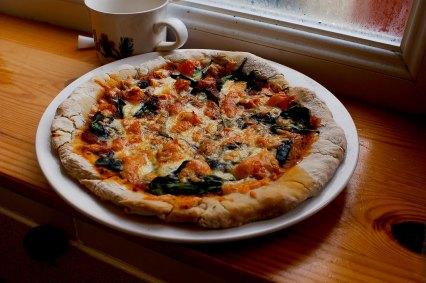 Spinache-Tomato-Pizza